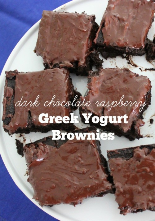 Dark Chocolate Raspberry Greek Yogurt Brownies #stonyfieldblogger