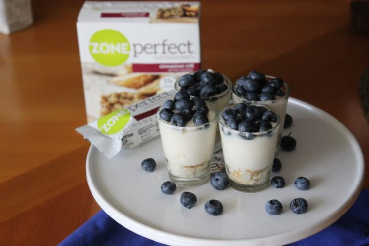 Mini White Chocolate Blueberry Pie with ZonePerfect #SnackandRally