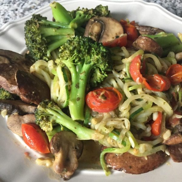 Pesto Zoodles with Mushrooms, Tomato and Broccoli