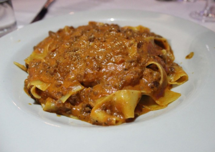 Domus Italian Restaurant and Lounge Boca Raton, Pappardelle Bolognese