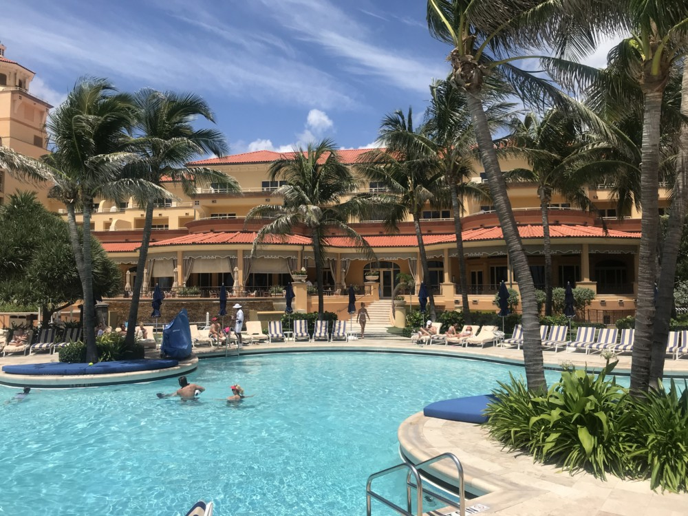 Eau Palm Beach Resort & Spa, Pool View