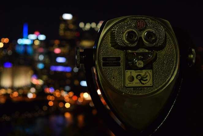pittsburgh downtown tower viewer binocular scope