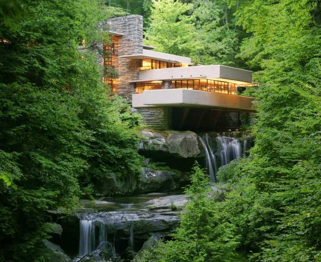 Frankl Lloyd Wright Fallingwater house over Bear Run creek and waterfall in Pennsylvania Laurel Highlands, designed by Frank Lloyd Wright near Ohiopyle State Park
