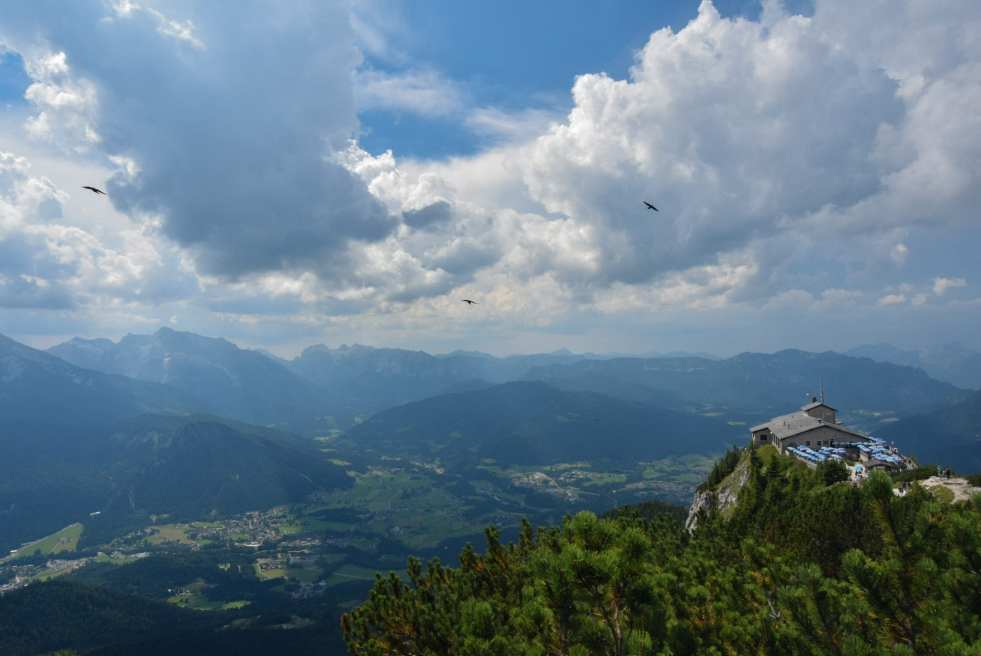 alps mountains eagle's nest austria germany berchtesgaden hitler summer alpine resort