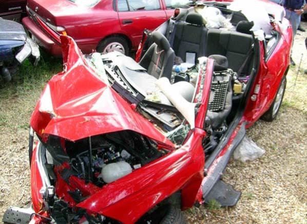 GM小型車事故