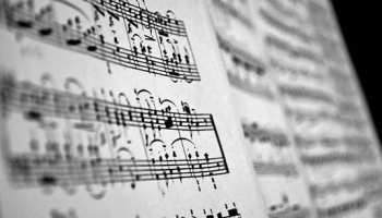 4 Easy Steps to Playing Piano By Ear – TakeLessons Blog