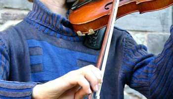 10 Sure-Fire Ways to Improve Your Violin Bow Hold [Video