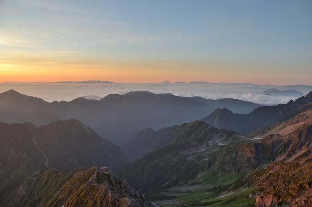 槍ヶ岳 頂上 南アルプス方面