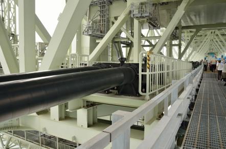 明石海峡大橋 水道管
