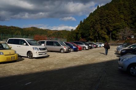足助中学校 臨時駐車場