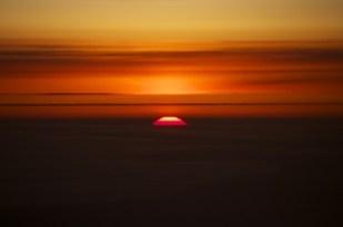 LH737便 ロシア上空 太陽