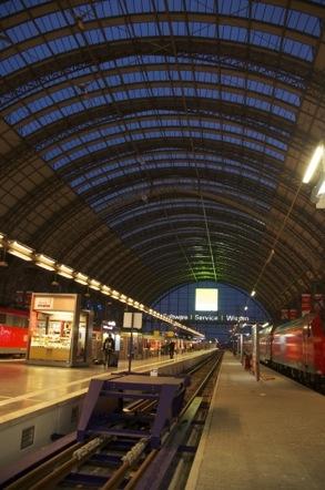 フランクフルト中央駅 フランクフルトHbf