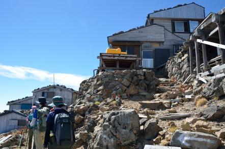 御嶽山 在りし日の剣ヶ峰山荘と頂上山荘