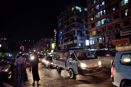 ヤンゴン市内 ダウンタウン