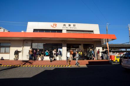 東海道線 興津駅