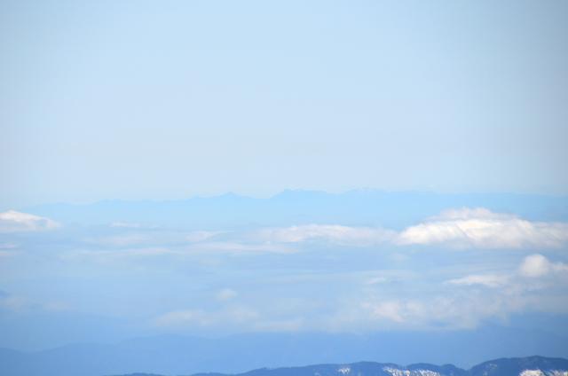 木曽駒ヶ岳 山頂からの眺め 鈴鹿山脈 鎌ヶ岳 御在所岳 釈迦ヶ岳