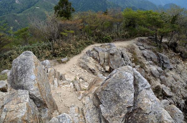 御在所岳 武平峠ルート 下山