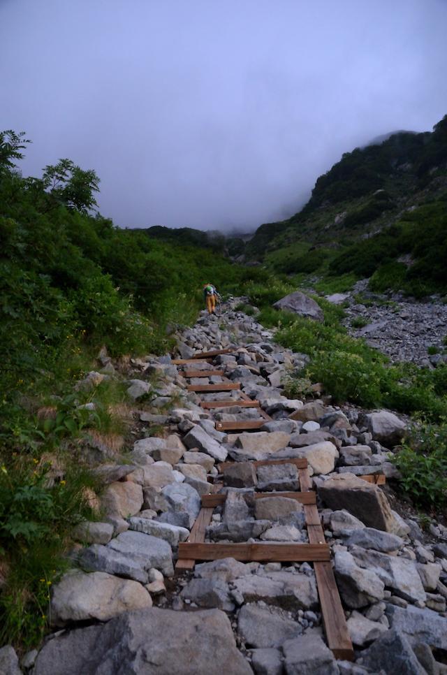 涸沢カール〜北穂高岳 登山道