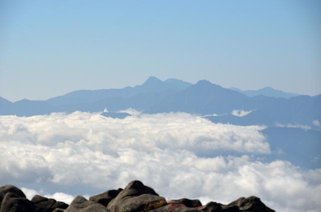 蓼科山 山頂 南アルプス方面