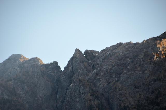 鷹岩トンネル 鋸岳 鹿窓