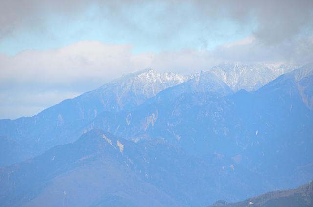 横川山 山頂 木曽駒ヶ岳方面
