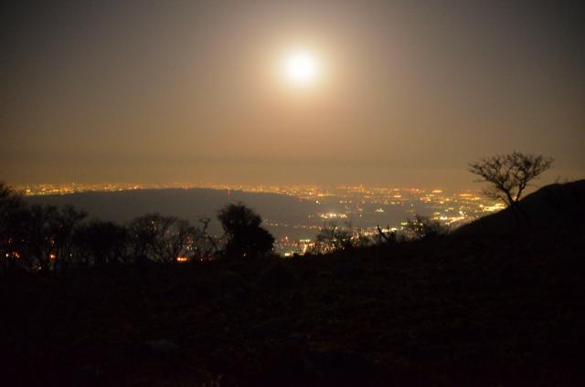 藤原山荘 裏手 テント泊 いなべ市夜景