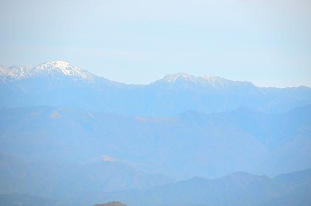横川山 山頂 南アルプス方面 間ノ岳〜塩見岳
