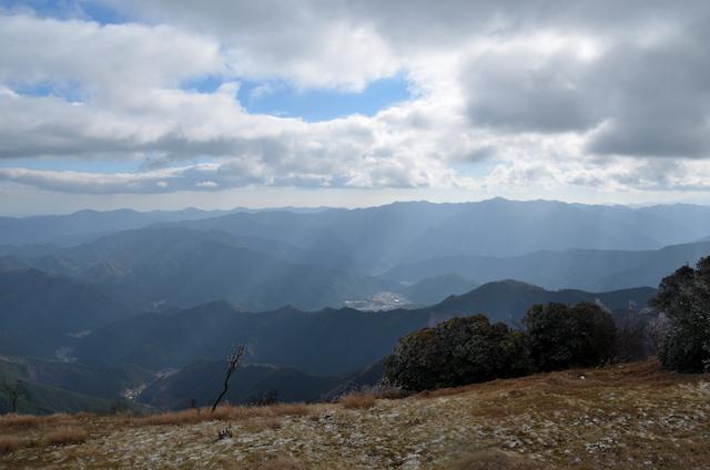 三峰山 八丁平 松阪市方面