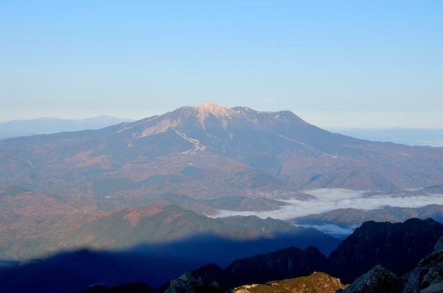 空木岳 山頂からの眺め 御嶽山