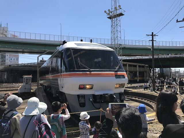 名古屋車両区 キハ85 転車台