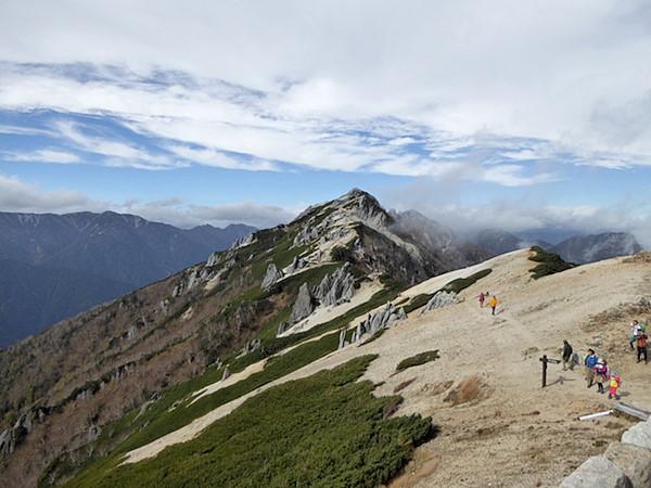 燕山荘 燕岳
