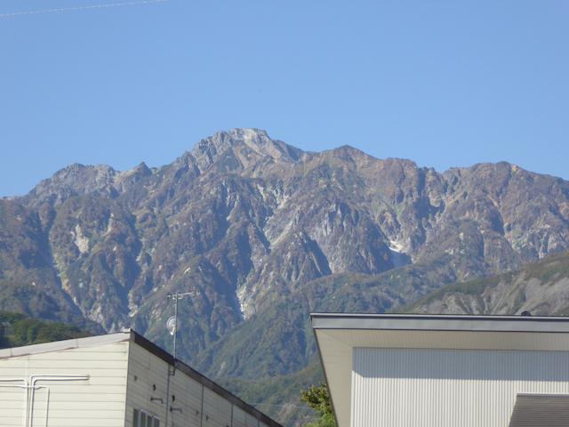 千国街道から見える五竜岳