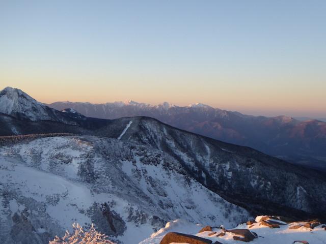 八ヶ岳 天狗岳 厳冬期 山頂からの眺め 南アルプス
