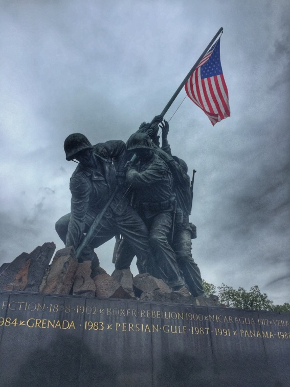iwo jima memorial in arlington, virginia