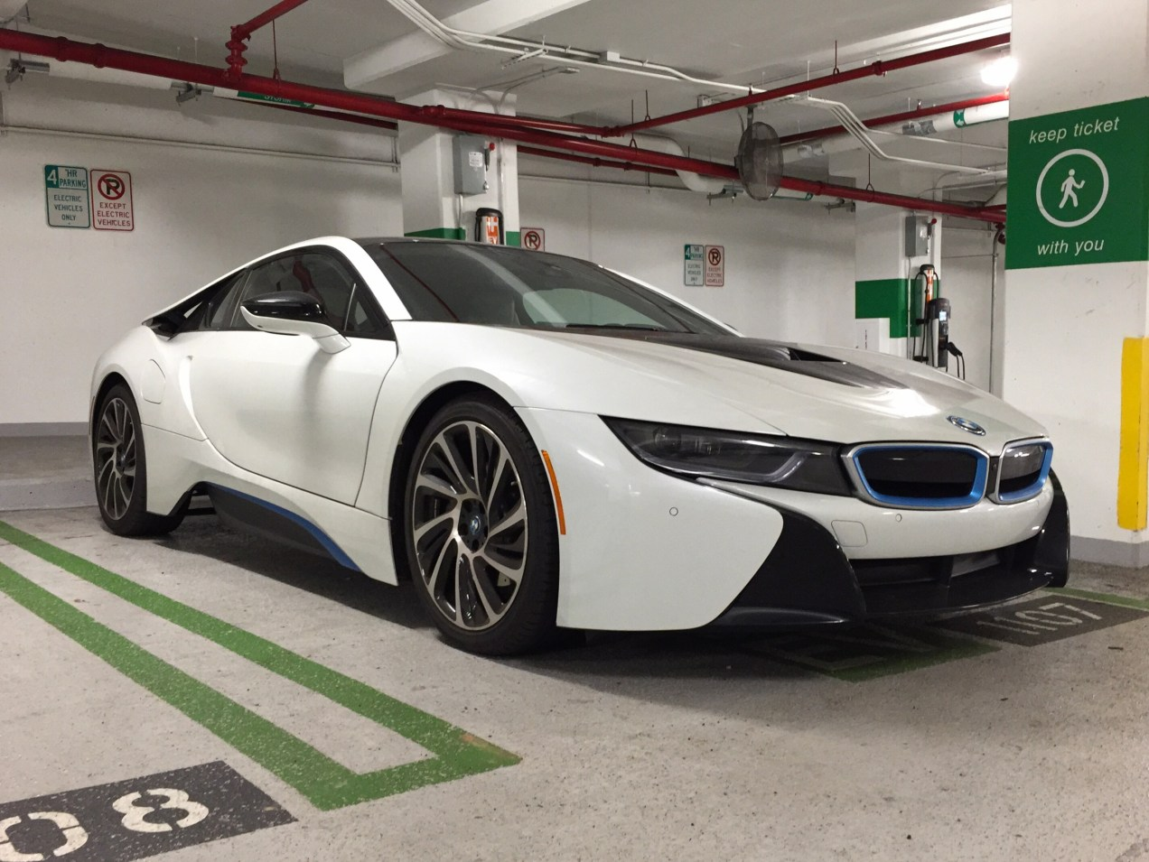 bmw i8 in bethesda, md