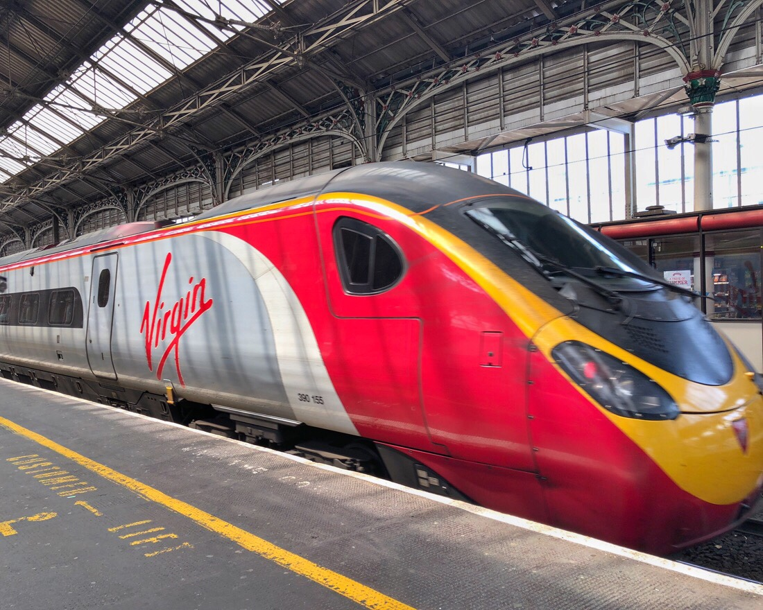 Virgin trains Pendolino at Preston Station