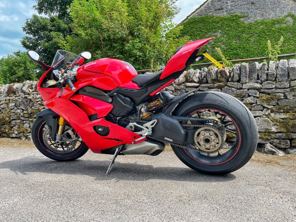 Ducati Panigale V4S parked at the Bulls Head pub in Monyash, Derbyshire