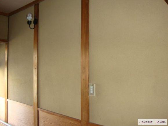戸建て住宅 玄関壁 ビフォー