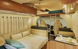 Camping-car-Capucine-C700S-Pilote-Salon-469x295
