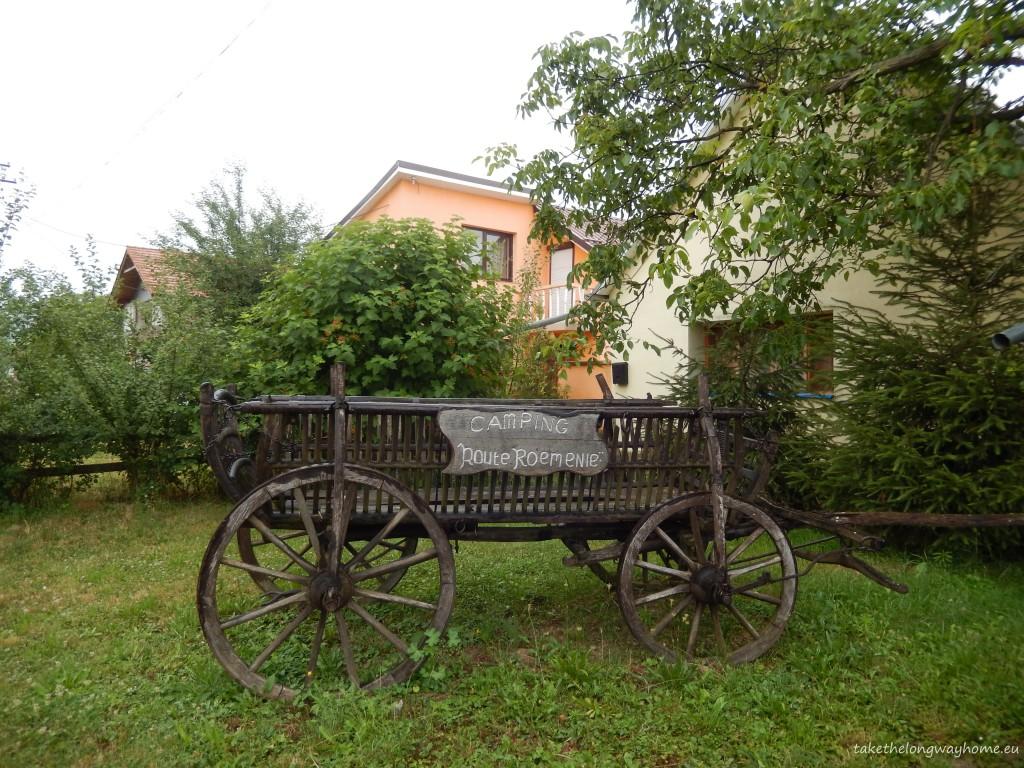 "Camping Route Roemenie, comuna Ghioroc, județul Arad, sat Miniș, nr. 298 // GPS : N 46°08'01.3"" E 21°35'53.1"" / Lat 46.13368 long 021.59807 // site : www.routeroemenie.nl // email : camping.route.roemenie@gmail.com // telefon : +40745 372 072"