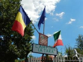 """Loc campare """"La Țară"""", comuna Buda, sat Mucești-Dănulești (în apropiere de Rîmnicu Sărat), județul Buzău // GPS : N 45 31 04 E 26 55 46 / Lat 45.517777 long 26.92944 // site : www.campinglatara.ro // email : office@campinglatara.ro / aliceitalactjoen@libero.it // tel. : +40724 167 337 / +40736 344 462"""