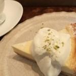 コーヒーとケーキ(アオイクカフェさん)