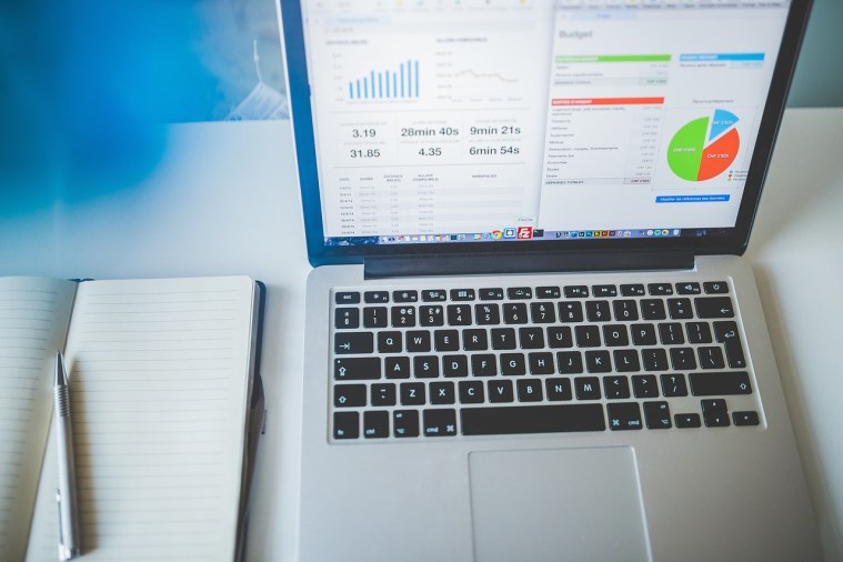 How Your Company Can Benefit from Business Analytics Tools