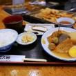 お昼限定!関東煮・おでんの定食です ホワイティうめだ たこ梅 東店でやってます