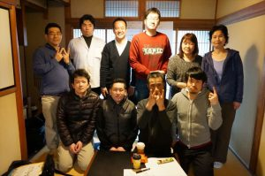 江口さんとスタッフさんと記念撮影です
