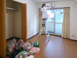 ダスキンのメリーメイドさんに社員寮の寮室をキレイにしてもらっています