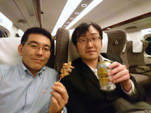 帰りの新幹線で、多比羅さんといっぱいやりながらホワイト企業大賞のふりかえり