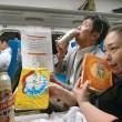 帰りの新幹線では、カンパイしながら、この日のふりかえりです