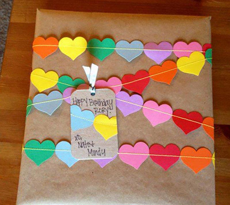 как красиво упаковать подарок без упаковочной бумаги