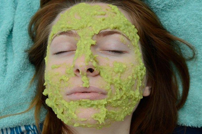 уход за сухой кожей лица весной